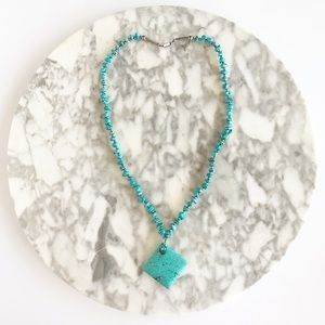 Jewelry - Vintage Chunky Faux Turquoise Stone Necklace